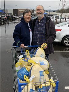 Roseburg pastor, wife donate 200 pounds of turkey celebrating weight loss