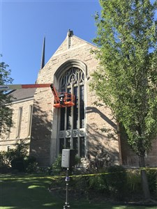 Boise church deconsecrates and removes stained glass window depicting Confederate General Robert E. Lee as it repents of racism